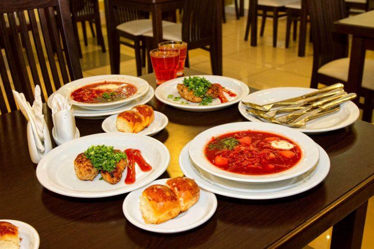 Где вкусно и недорого поесть в центре Москвы