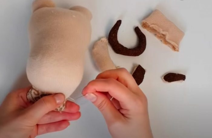 Как сделать Быка своими руками из разных материалов на Новый год 2021